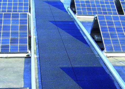 Wartungswege auf Flachdächern mit oder ohne Auflast, Basisplatten für Solarinstallationen, Antennen, gebäudetechnische Anlagen usw.